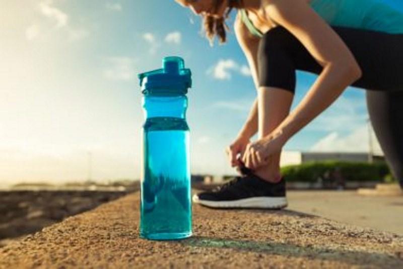 10 μύθοι γύρω από την ενυδάτωση του σώματος