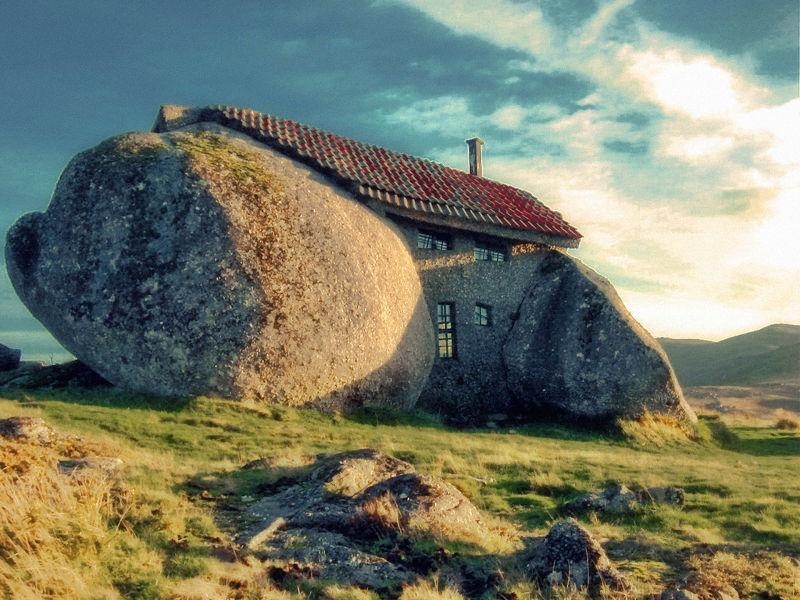 sypfi5s03n-rockhouse.jpg