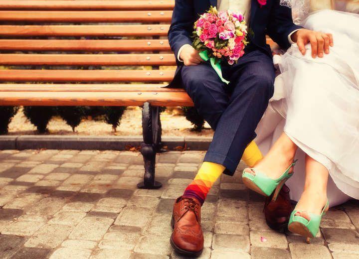 Δεν παντρεύονται και δεν βαφτίζουν…