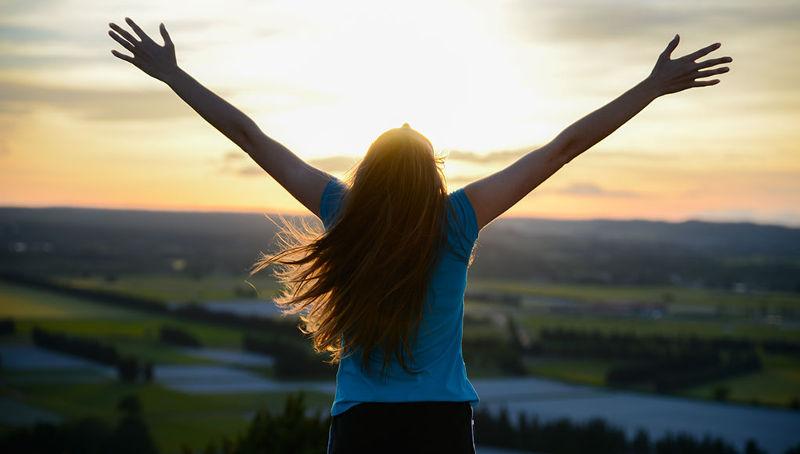 «Επικεντρώσου στα θετικά» λέμε, αλλά δεν το κάνουμε!