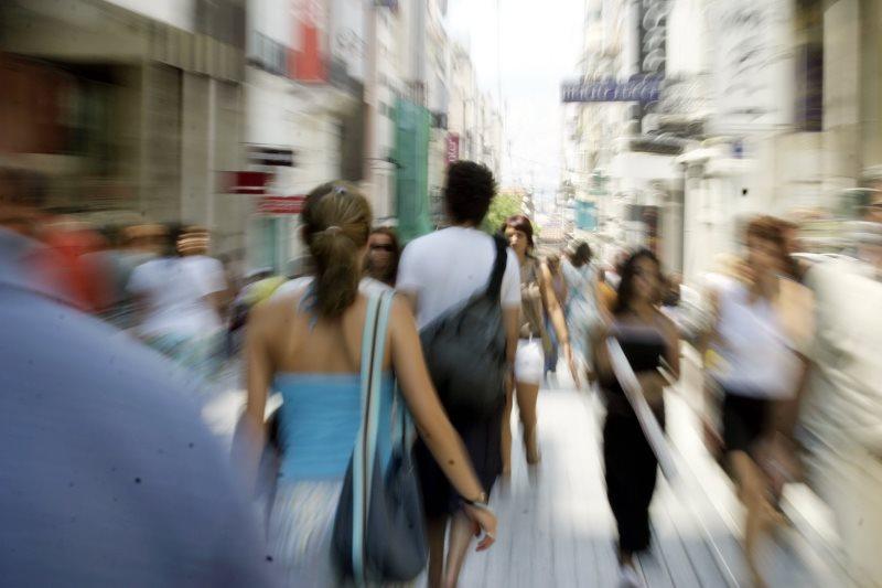 Η απαξία της νέας γενιάς και μια αδιάφορη συλλογική συνείδηση