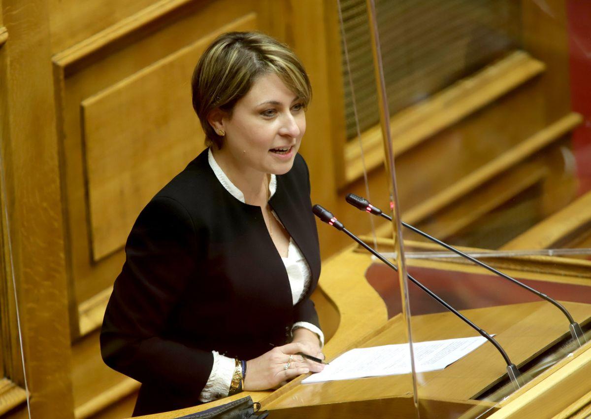 Η Χριστίνα Αλεξοπούλου, βουλευτής Νέας Δημοκρατίας αρθρογραφεί στο greekschannel.