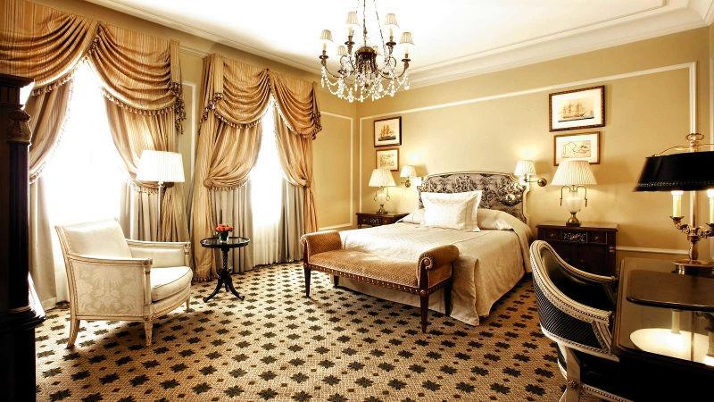 Η Ιστορία του κέντρου της Αθήνας έχει όνομα: Ξενοδοχείο «Μεγάλη Βρεταννία»!