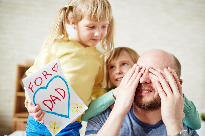 Κόρες: Η αδυναμία των πατεράδων
