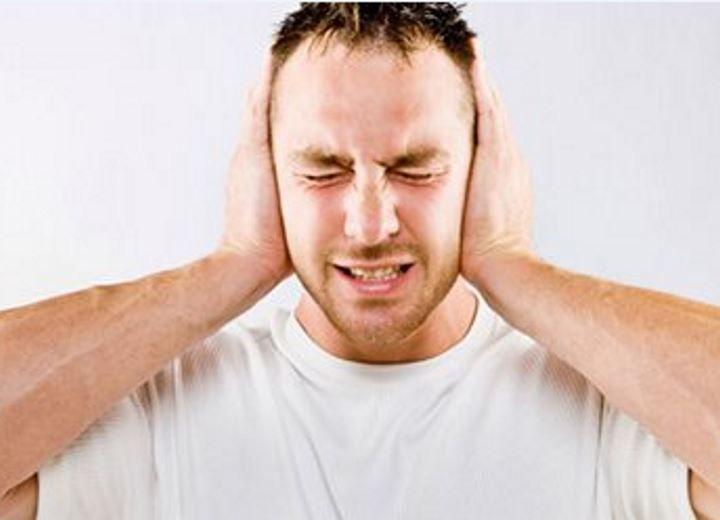 ''Κουδούνισμα'' στα αφτιά και τι μπορεί να σημαίνει