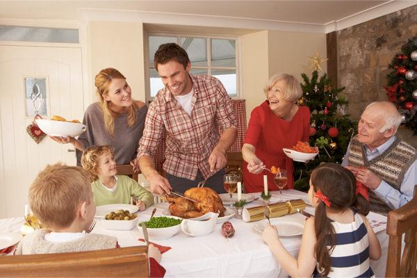 Κυριακάτικο οικογενειακό τραπέζι: <small>Ένα έγκλημα με γεύση roast beef;</small>