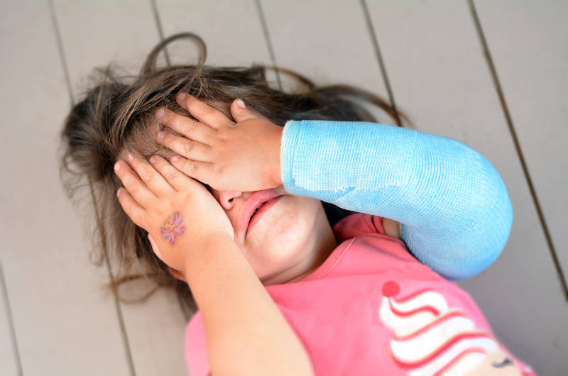 Λεκτική βία στο παιδί: Η δημιουργία ενός βίαιου ενήλικα sit