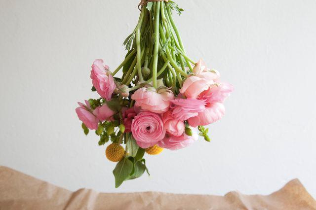 ΛΟΥΛΟΥΔΙΑ ΣΤΟ ΣΠΙΤΙΚΟ ΜΑΣ - flowers upside down