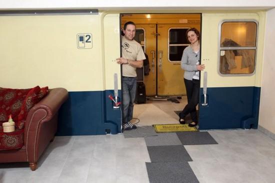 Μ' αεροπλάνα και με τρένα και με μεράκι μπόλικο!