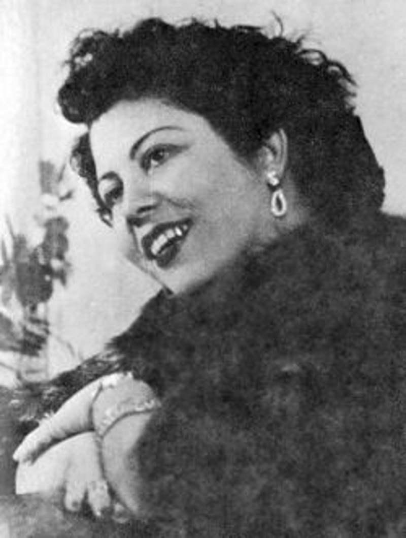 Μαρίκα Νίνου: ερωτευμένη, πεισματάρα, απαστράπτουσα