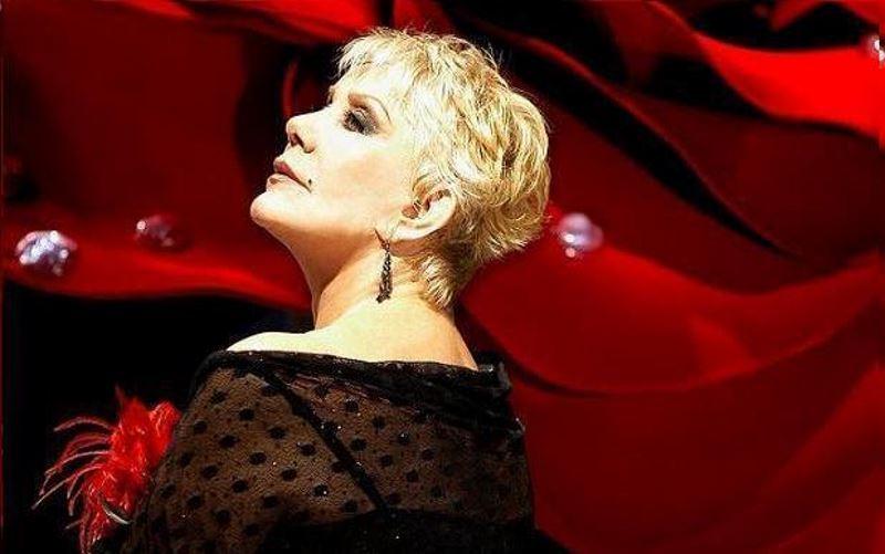 Μαρινέλλα: Η φωνή, η ντίβα, ο άνθρωπος