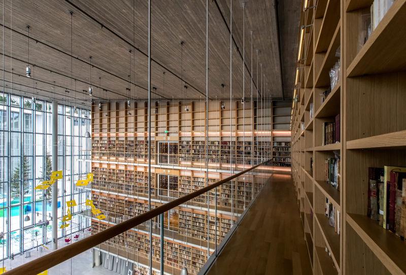Μια βόλτα στις βιβλιοθήκες της Αθήνας