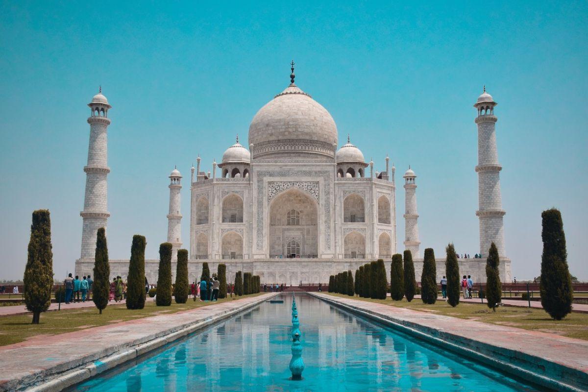 Φθηνός προορισμός Ινδία, τα γεύματα κοστίζουν από 3$ έως 6$ την ημέρα και η διανυκτέρευση μεταξύ 4$ με 8$.