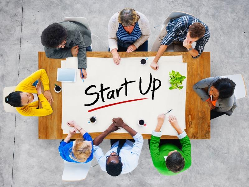 startups ανερχόμενες νεοφυείς επιχειρήσεις instashop, efood, delivery κερδίζουν τους καταναλωτές