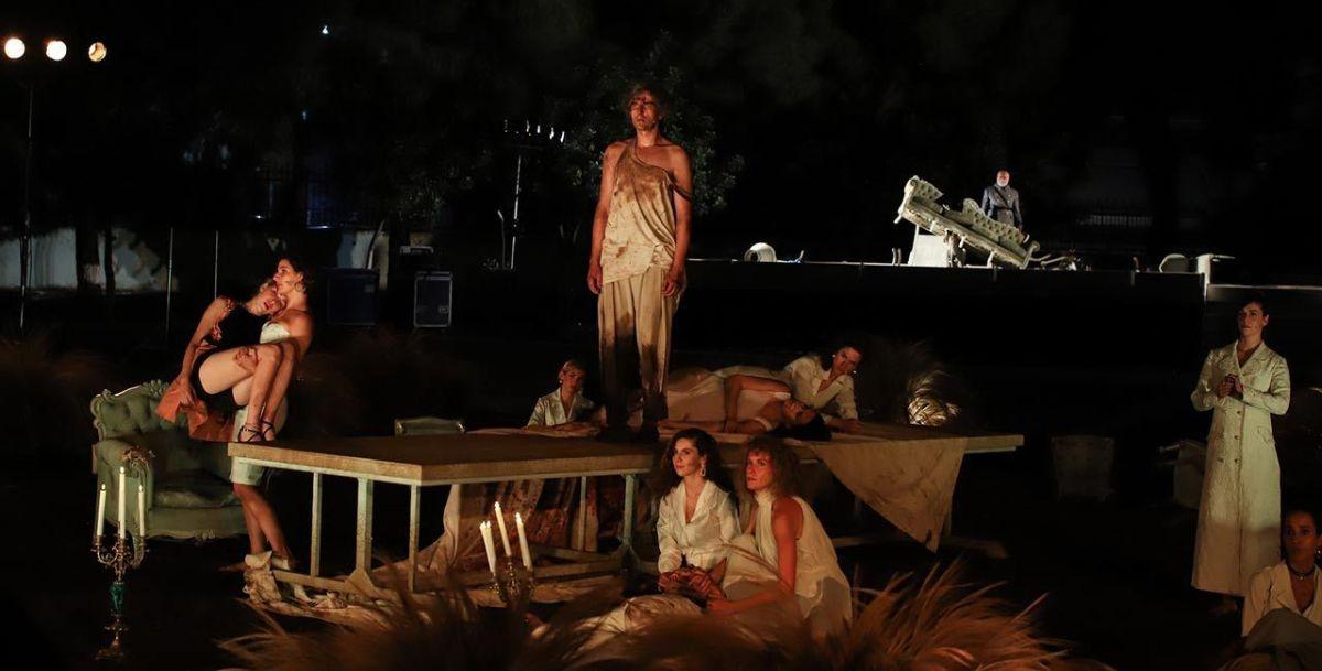 Ο Ορέστης του Ευριπίδη σε σκηνοθεσία του Γιάννη Κακλέα, σε πανελλαδική περιοδεία.