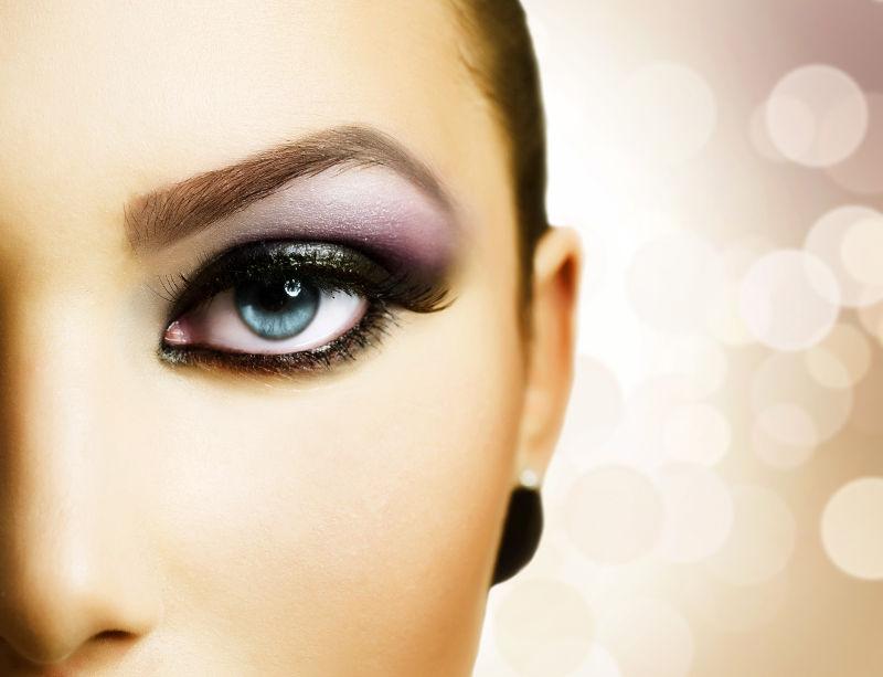 Πες μου το χρώμα των ματιών σου, για να ξέρεις πώς θα τα τονίζεις