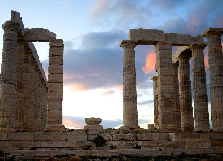 ΣΟΥΝΙΟ: Μια βραδιά στου Ποσειδώνα!