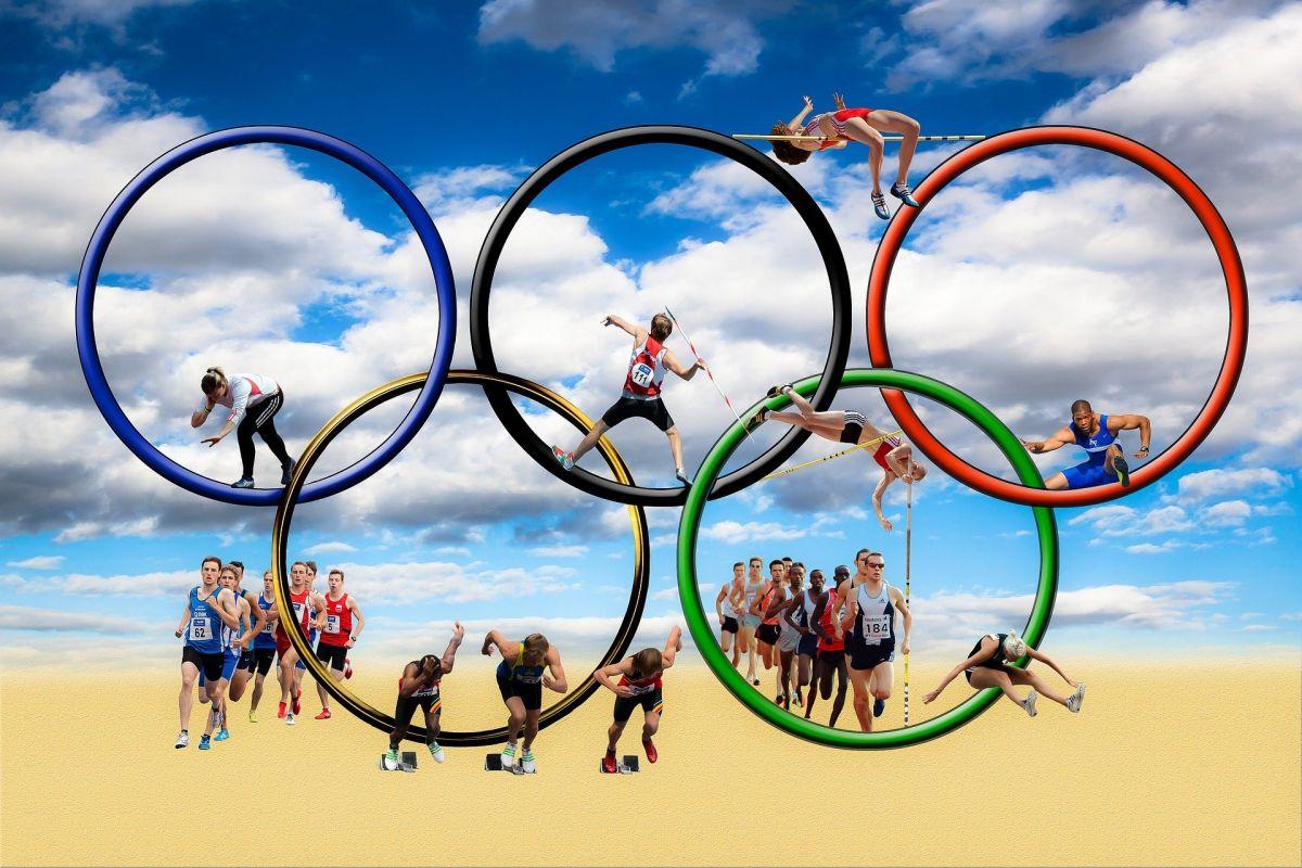 τη μόνιμη διεξαγωγή των Ολυμπιακών Αγώνων στην Ελλάδα