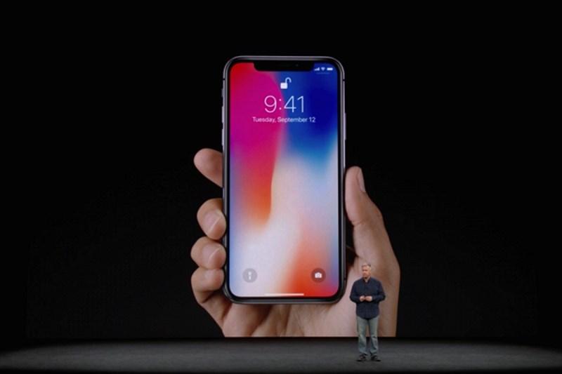 Τα νέα iphones έφτασαν!