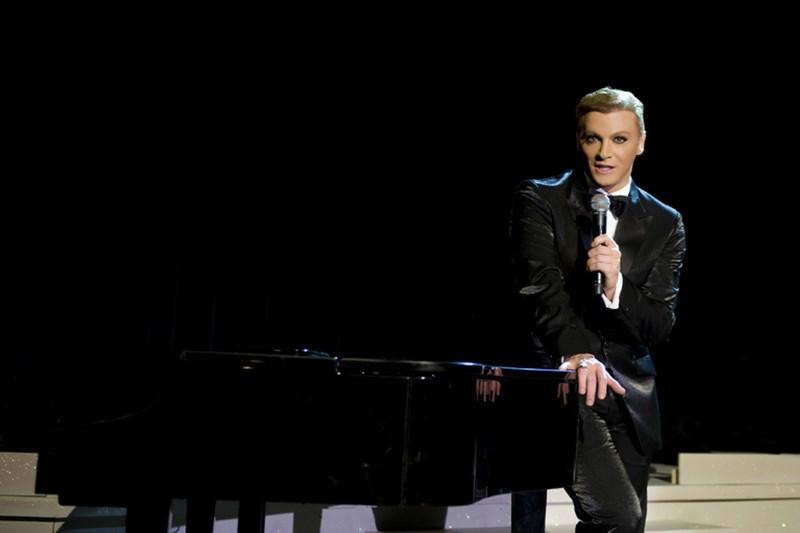 Τάκης Ζαχαράτος: Ο απόλυτος show man