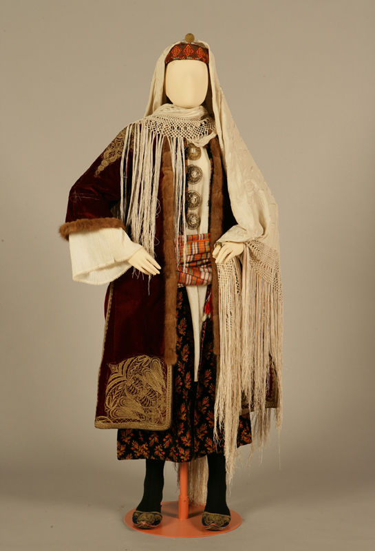 the women of tradition and their attire
