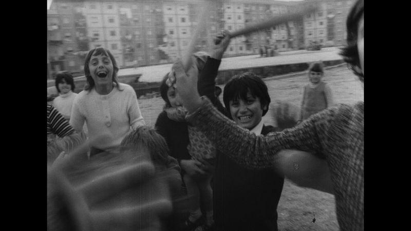 Ilaria Freccia «H επανάσταση είμαστε εμείς» (La rivoluzione siamo noi)