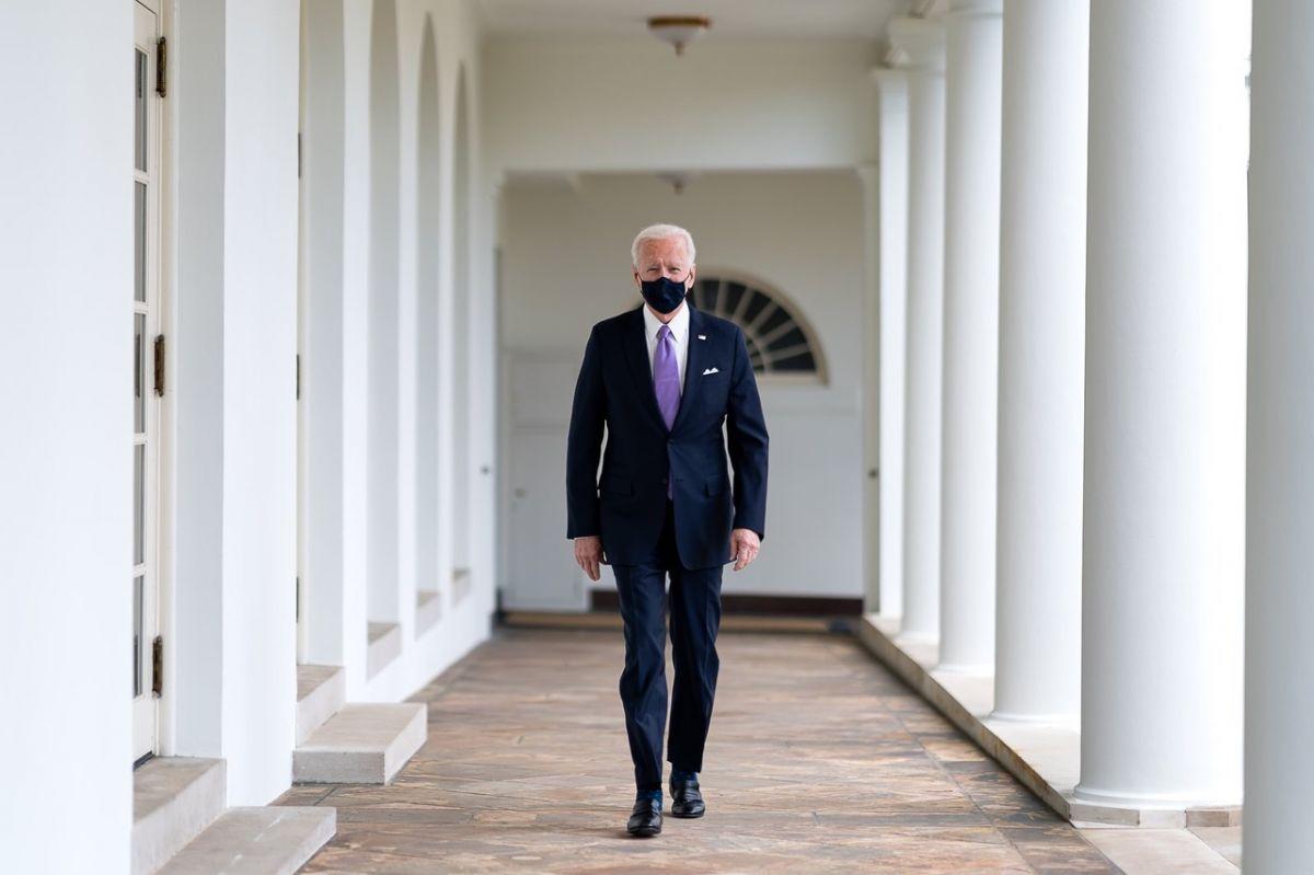 Ο πρόεδρος της Αμερικής Joe Biden με μάσκα και η εξωτερική πολιτική στη Μ. Ανατολή