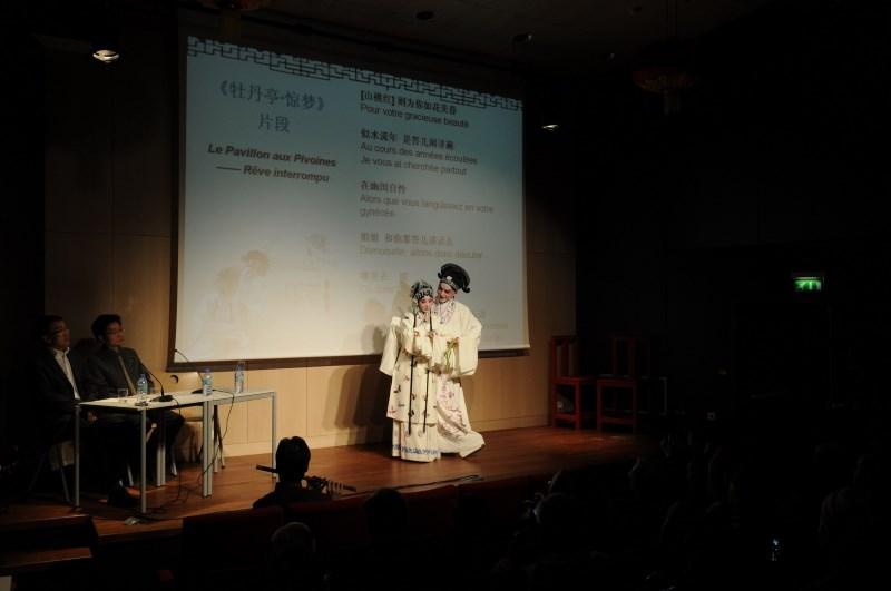 «Το Περίπτερο με τις Παιώνιες» στο Ηρώδειο από την Κινεζική Όπερα Κουν