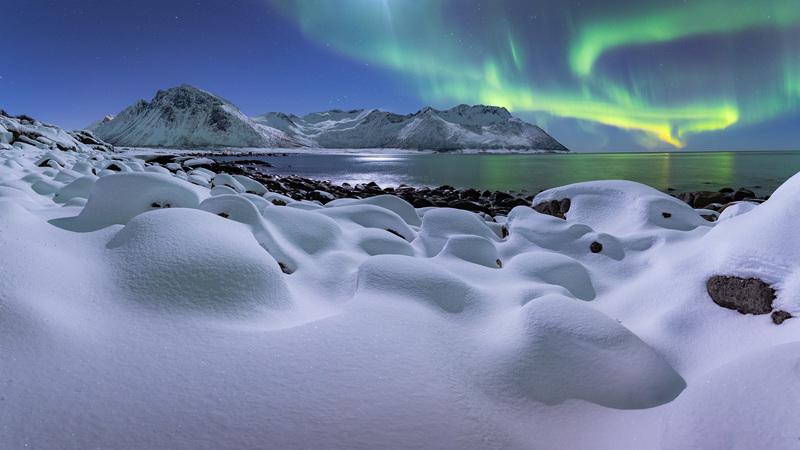 travel photographer 2020: Χιονισμένο βόρειο Σέλας του raspiengeas