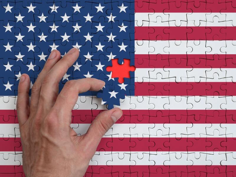 USA FLAG - ΟΛΙΚΗ ΕΠΑΝΑΦΟΡΑ της διεθνούς σκακιέρας