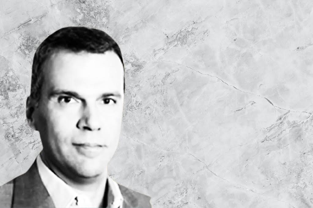 Ο Γιώργος Κούρος γράφει για την οικονομία και τους εργαζόμενους στο greeks channel.