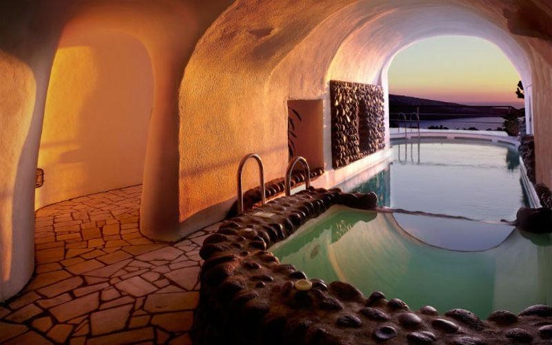 santorini-amazing-inside-house-view